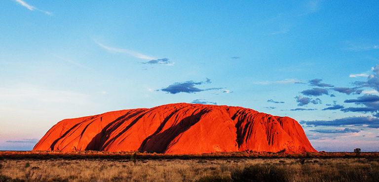 Uluru_hero-768x369